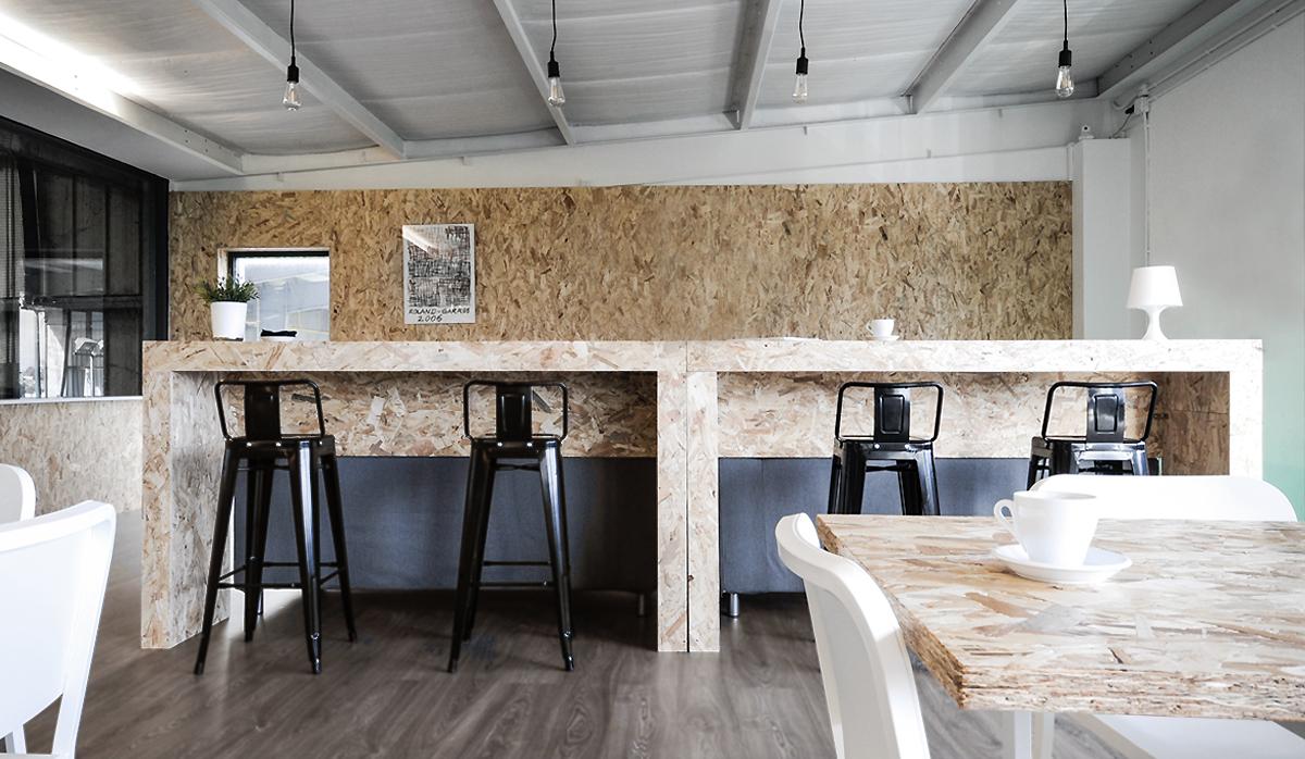 retail-bar-cafeteria-lowcost-interiorismo-online-tenismonteverde-santander-4