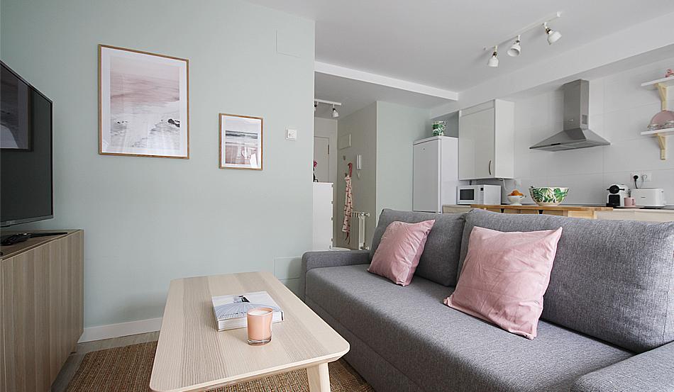 PG2_decoracion_salon_airbnb_santander_20
