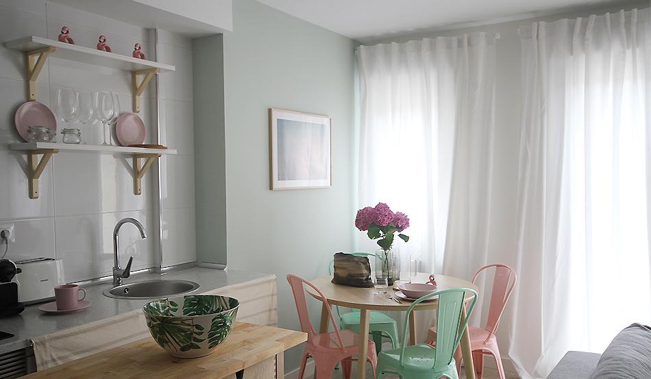 PG2_decoracion_salon_airbnb_santander_25