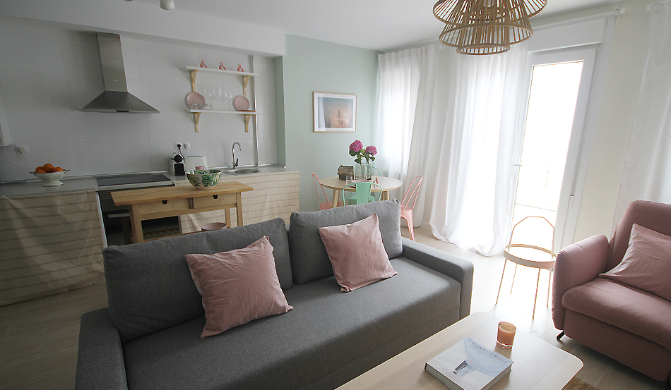 PG2_decoracion_salon_airbnb_santander_27